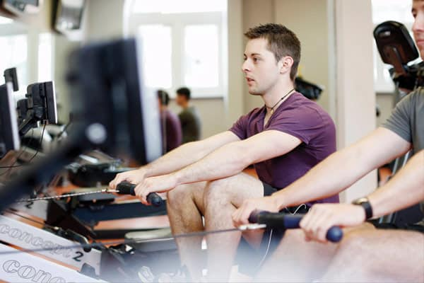 sport-2-males-rowing-at-gym